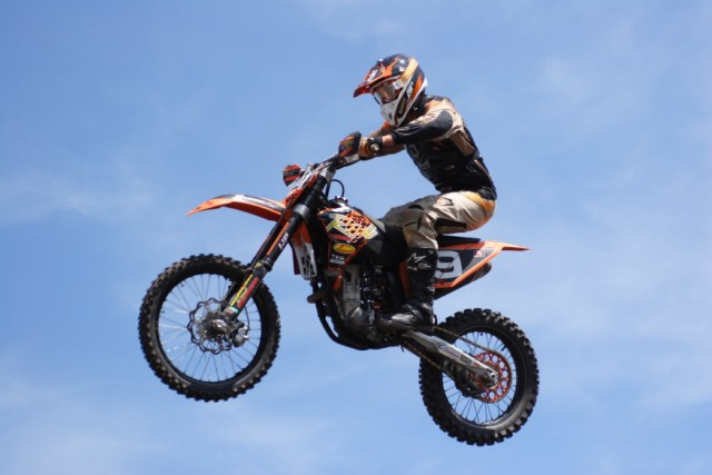 IMG_4952Edmonton_Sunday_MX2_640x480