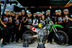 Monster Energy Kawasaki's Ryan Villopoto Wins Third Straight  Supercross Title