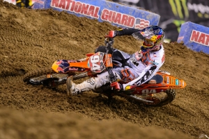 Roczen wins in Seattle; Dungey recovers for fourth in 450s