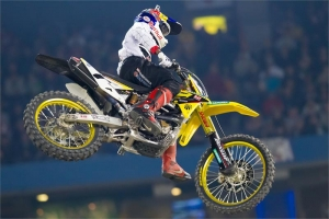 100TH START FOR STEWART AT TORONTO SX