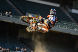 SUPERCROSS RD. 3: ROCZEN WINS 250; DUNGEY THIRD 450