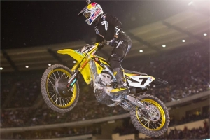 STEWART SCORES BEST RESULT AT ANAHEIM