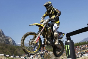 SOLID GP FOR ROCKSTAR ENERGY SUZUKI EUROPE