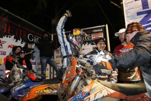 Johnny Walker takes second at Hells Gate 2012