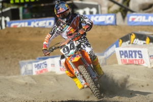 ROCZEN COMPLETES HAT TRICK OF SX PODIUMS AT ANAHEIM