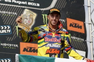 CAIROLI IS 2013 MX1 WORLD CHAMPION IN MATTERLEY BASIN