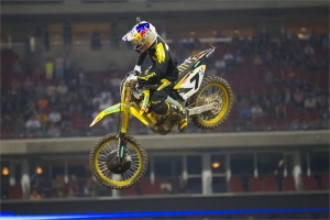 STEWART FORCED OUT OF HOUSTON SX