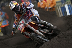 Red Bull KTM Factory Racing cleans up at Valkenswaard