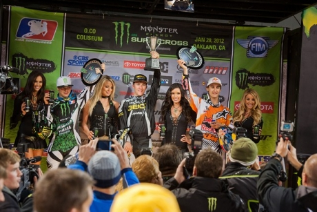 Tomac takes Oakland, increases Lites West points lead